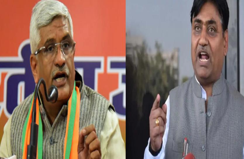 फोन टैपिंग: अब सियासी अखाड़े में उतरी दिल्ली