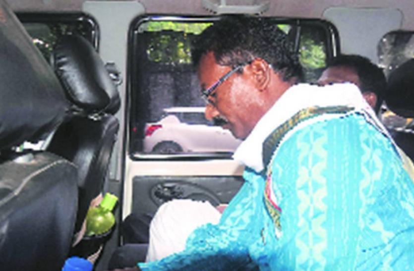West Bengal : NIA ने प्रबीर महतो की हत्या के आरोप में TMC नेता छत्रधर महतो को किया गिरफ्तार