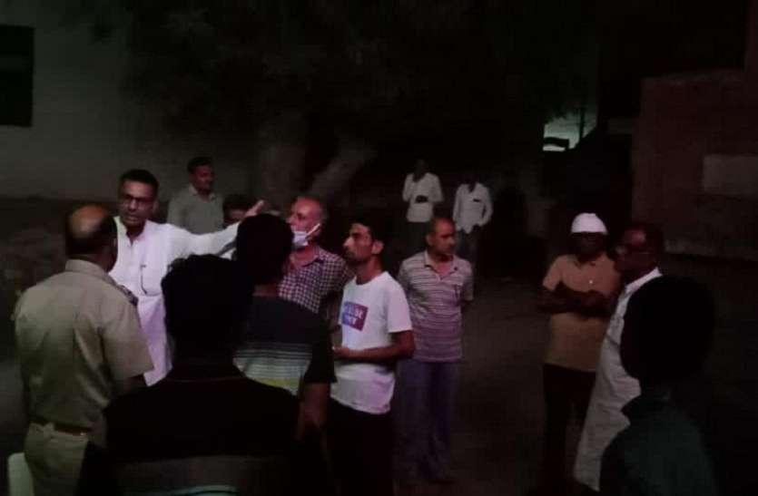 अनूपगढ़ विधायक के पिता ने थाने में पुलिस अफसरों को निकाली गालियां, वीडियो वायरल से मची खलबली