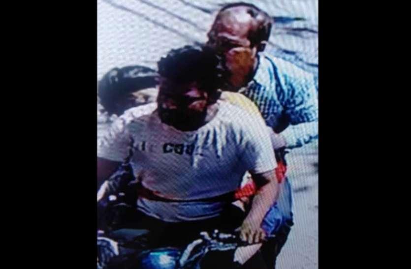हापुड़ से अपहृत लड़की का शव नोएडा में अस्पताल के बाहर छोड़ भागे दो युवक