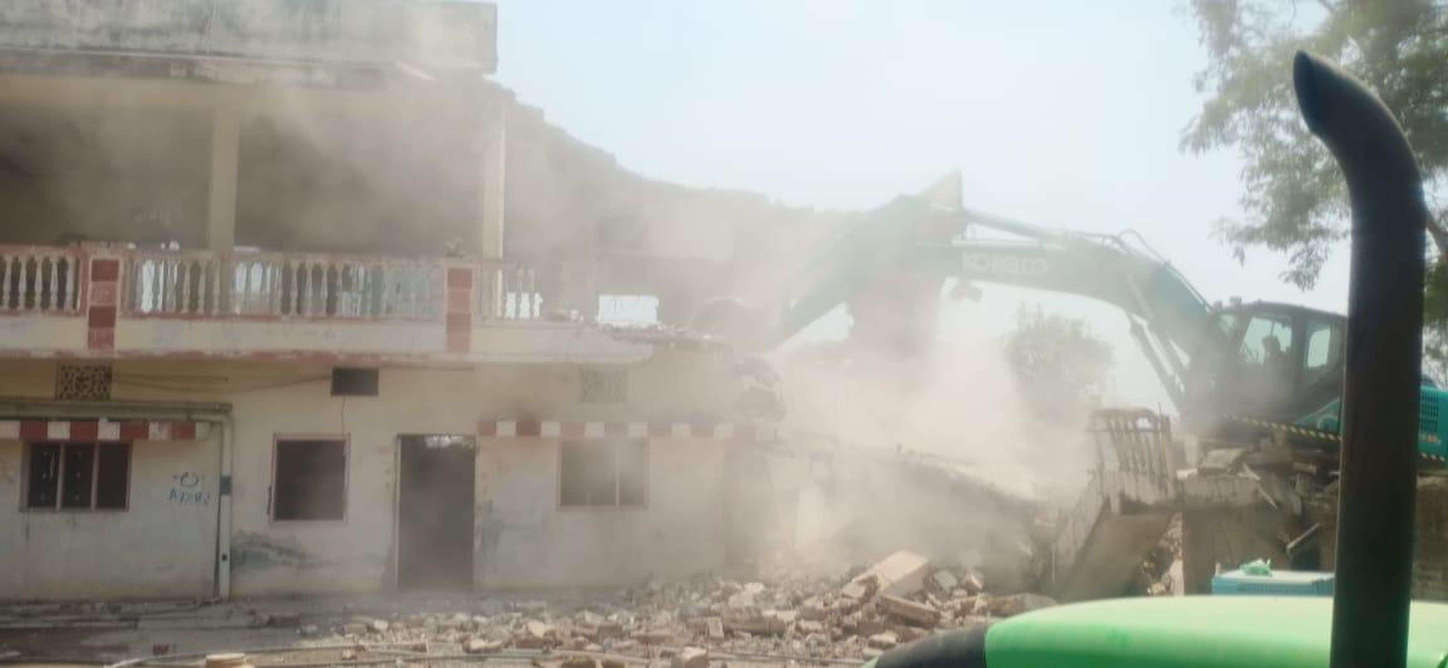 VIDEO प्रशासन ने तोडे 59 से अधिक मकान, अब बनकर तैयार होगा हाई स्पीड ट्रैक