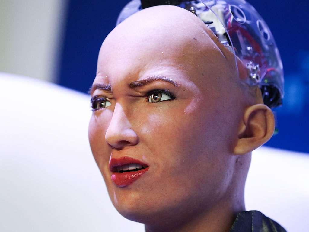 सोफिया रोबोट की बनाई डिजिटल आर्ट 5 करोड़ में हुई नीलाम