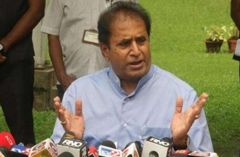 महाराष्ट्र सरकार बॉम्बे HC के फैसले SC में देगी चुनौती, इस्तीफे के बाद अनिल देशमुख दिल्ली रवाना