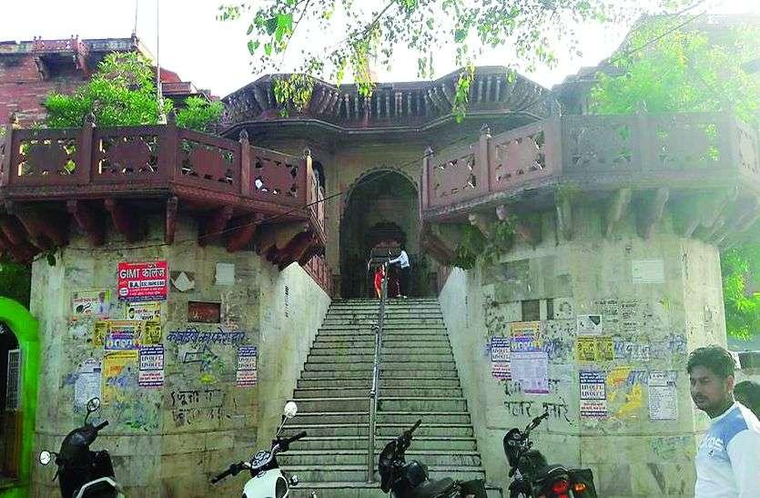 देश भर में भव्यता और नक्काशी का अद्भुत नमूना है सैपऊ महादेव मंदिर