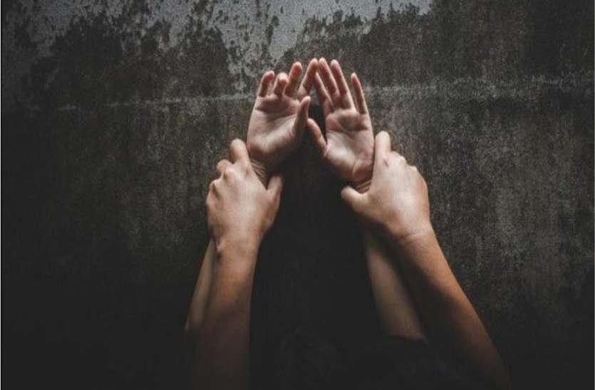 Kannauj : भाभी की मदद से घर में घुसकर किशोरी से रेप, तमंचा दिखाकर भागा आरोपी