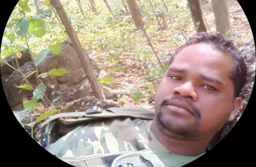 एसडीओपी दफ्तर से लौट रहे बाइक सवार आरक्षक को तेज रफ्तार पिकअप ने मारी टक्कर, मौत