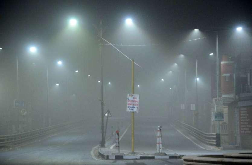 शहर में छाया रहा धूल का गुबार