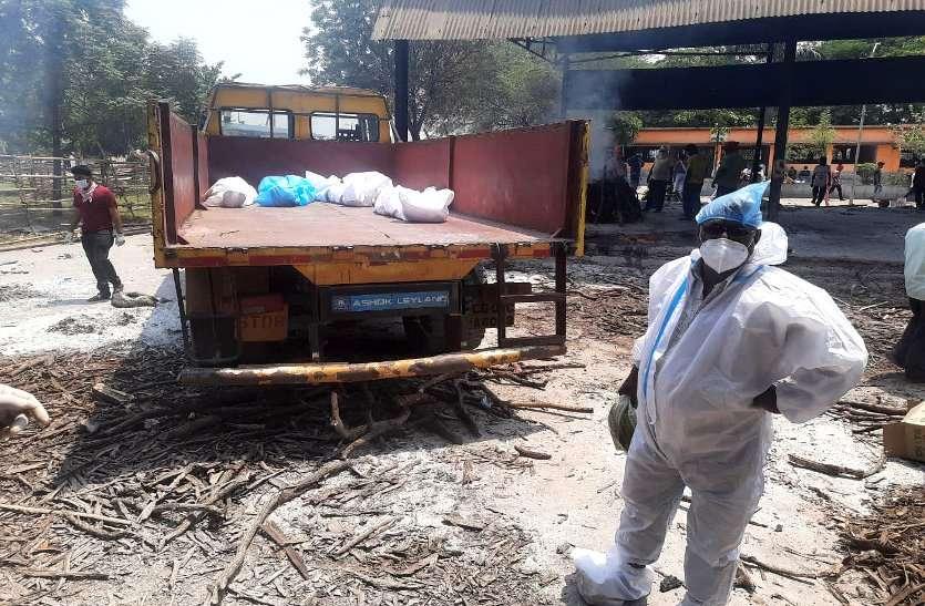 कोरोना की दूसरी लहर की चपेट में CM का गृह जिला दुर्ग, 24 घंटे में 18 की मौत, मरच्यूरी में शव रखने की जगह नहीं