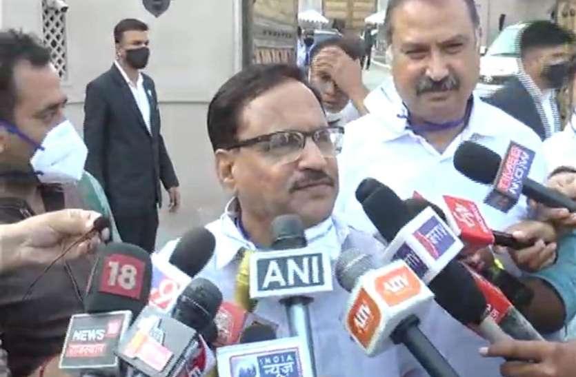 खरीद फरोख्त की आशंका के चलते कांग्रेस की फिर से बाड़ाबंदी
