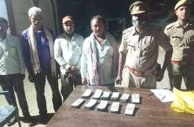 यूपी पंचायत चुनावः पुलिस ने चेकिंग के दौरान बरामद किए 5.5 लाख रूपये