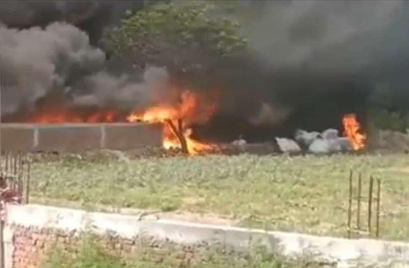 150 से अधिक झुग्गी झोपड़ियों में लगी भयंकर आग, दो मासूम जिंदा जलें मचा काेहराम