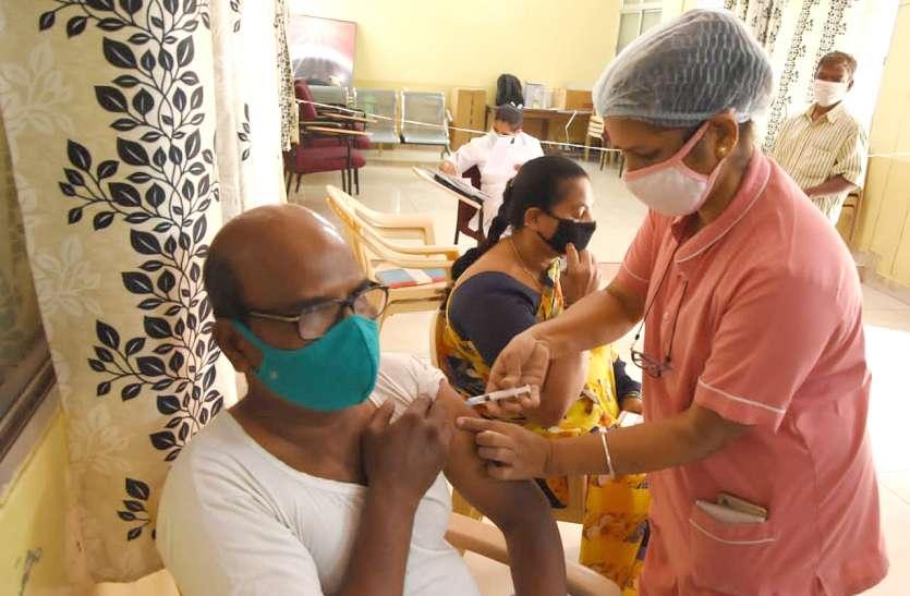 कर्नाटक में कोरोना बेकाबू, 10 हजार के पार नए मरीज