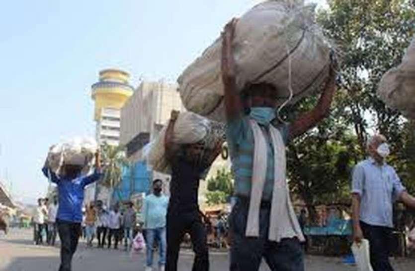 SURAT KAPDA MANDI: नहीं दिखा भीड़-भड़क्का, शाम को जल्दी दुकानें बंद