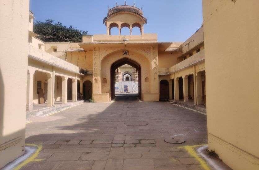 Jaipur : जवाहर नगर में 8 दुकानें सील