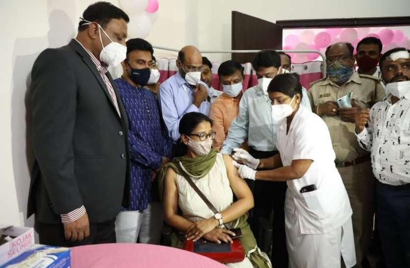 कर्नाटक में कोरोना टीका उत्सव शुरू