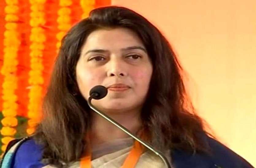 BJP सांसद सरोज पांडेय कोरोना पॉजिटिव, हालत बिगड़ी तो AIIMS में हुईं भर्ती, ट्वीट कर संपर्क में आए लोगों से जांच की अपील
