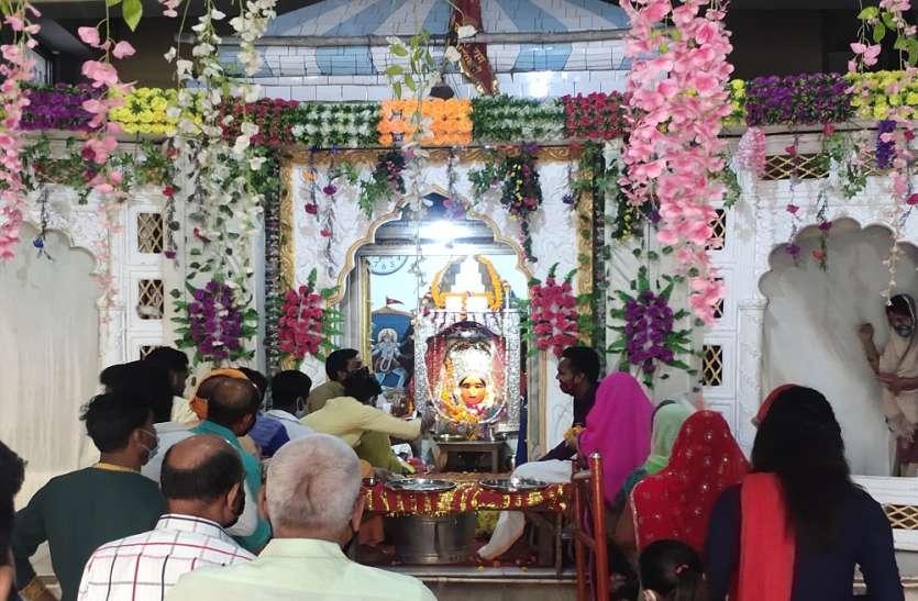 बड़ी खबर : अयोध्या के प्रसिद्ध शक्तिपीठ छोटी देवकाली मंदिर में सिंदूर चढ़ाए जाने पर लगा प्रतिबंध