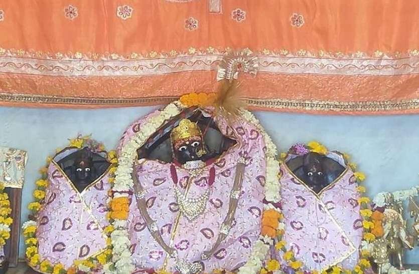 आज कब करे नवरात्र पूजन में घट स्थापना