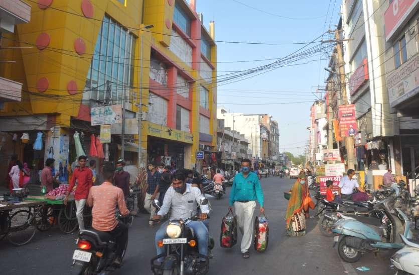बाड़मेर में कपड़ों की दुकानों के आसपास महिला पुलिस होगी तैनात