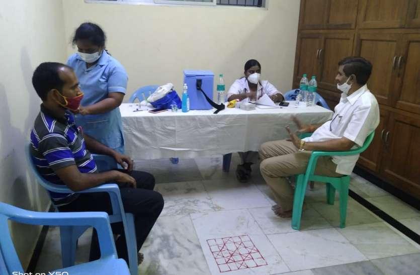 टीकाकरण को उत्सव के रूप में मनाया, कोविड को लेकर किया जागरूक