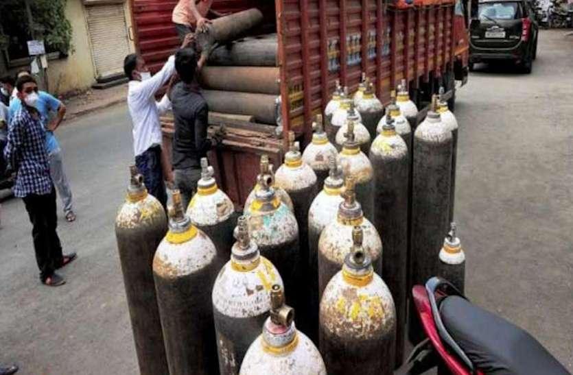 COVID-19: ऑक्सीजन की कमी के बीच ओडिशा ने की मदद की पेशकश, पटनायक ने की पीएम मोदी से बात