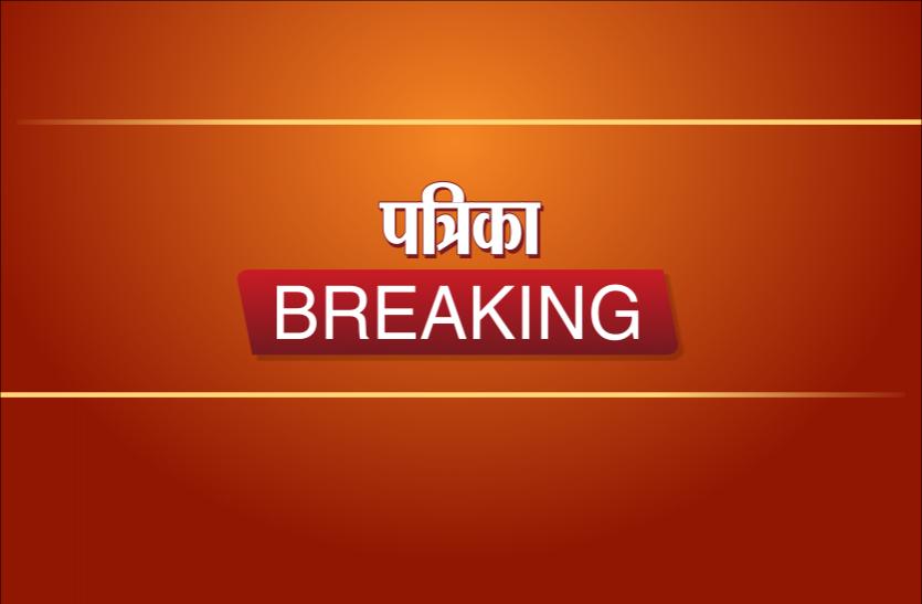 बांसवाड़ा : सेल्फी के चक्कर में पुल से गिरे पिता की मौत, पुत्री घायल