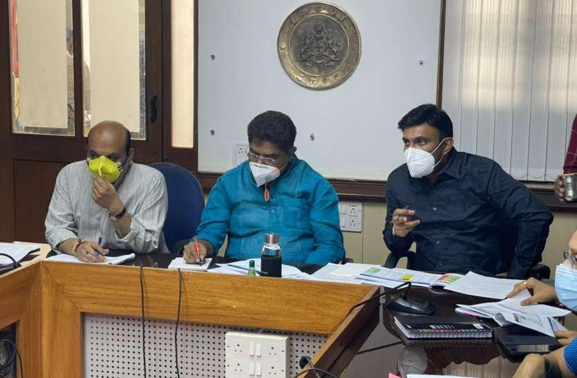 कर्नाटक में गांव के मेलों और धार्मिक समारोहों पर प्रतिबंध