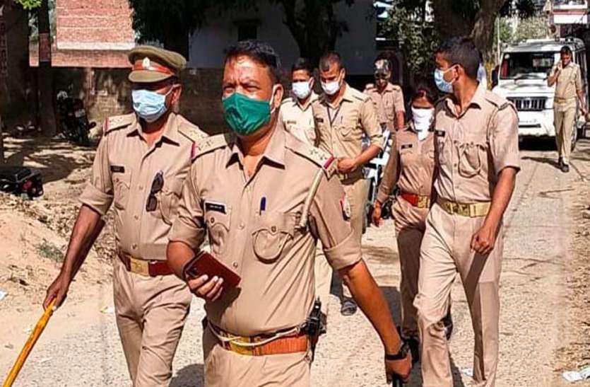 मतदान के दौरान आजमगढ़ में बूथ के पास फायरिंग से मची अफरातफरी