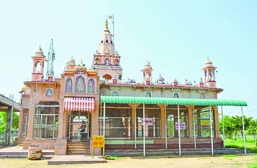 श्री माणा बाबा धाम के नाम से है प्रसिद्ध लाखनी गांव
