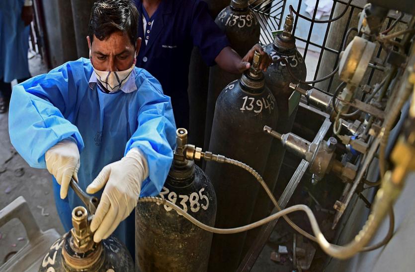 Coronavirus: हाईकोर्ट का निर्देश, दिल्ली में ऑक्सीजन की किल्लत पर तुरंत ध्यान दे केंद्र