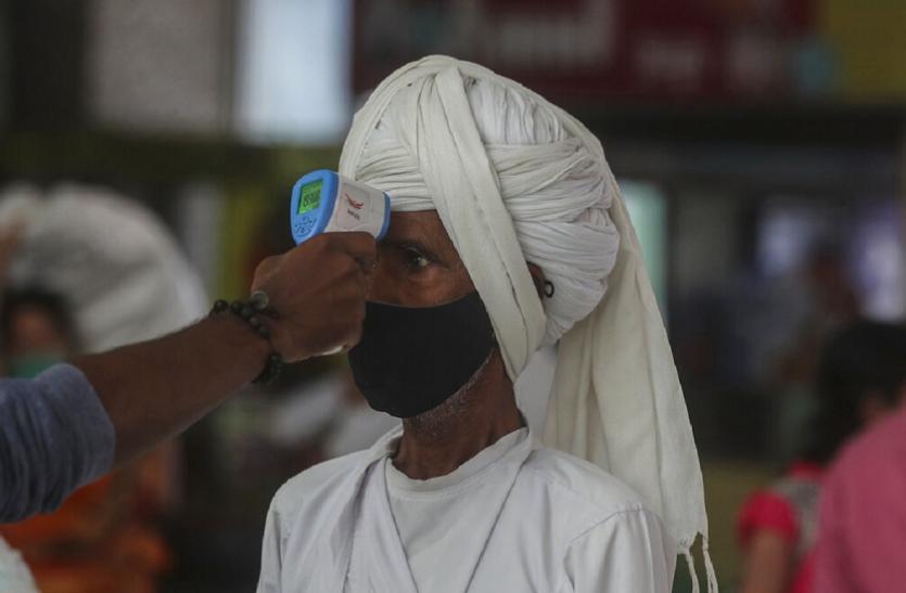 COVID-19: देश में कोरोना का कहर जारी, महाराष्ट्र में 58,924 नए केस दर्ज