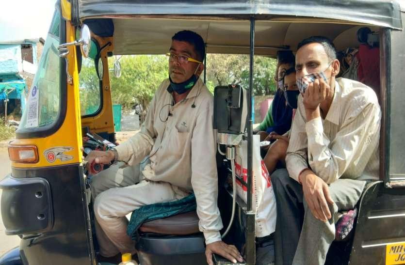 महाराष्ट्र में कोरोना से ज्यादा राजनीति के हो रहे हैं शिकार, हालात हैं खराब