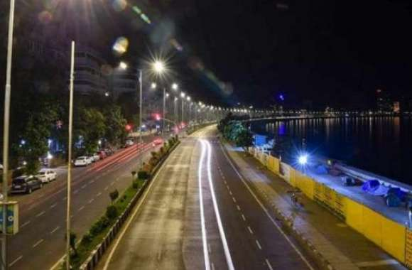 Telangana: कोरोना संकट के बीच सरकार ने 1 मई तक लगाया Night Curfew, ये रहेगा वक्त
