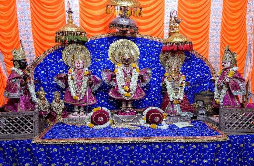 रामनवमी कल : मंदिरों में होगा श्रीराम का जन्माभिषेक