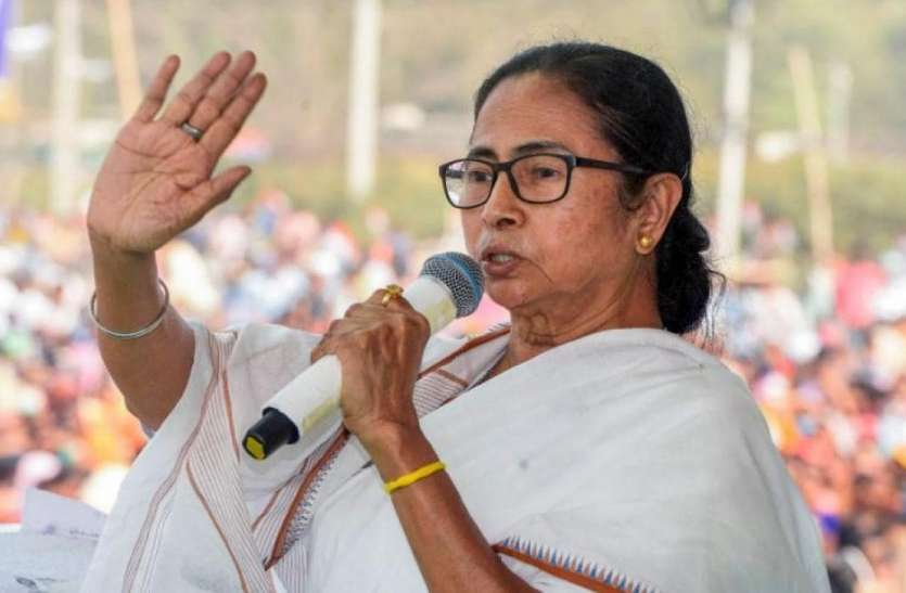 West Bengal Assembly Elections 2021: ममता ने कहा- आठ चरणों में चुनाव लोगों को मौत के मुंह में धकेलने की साजिश