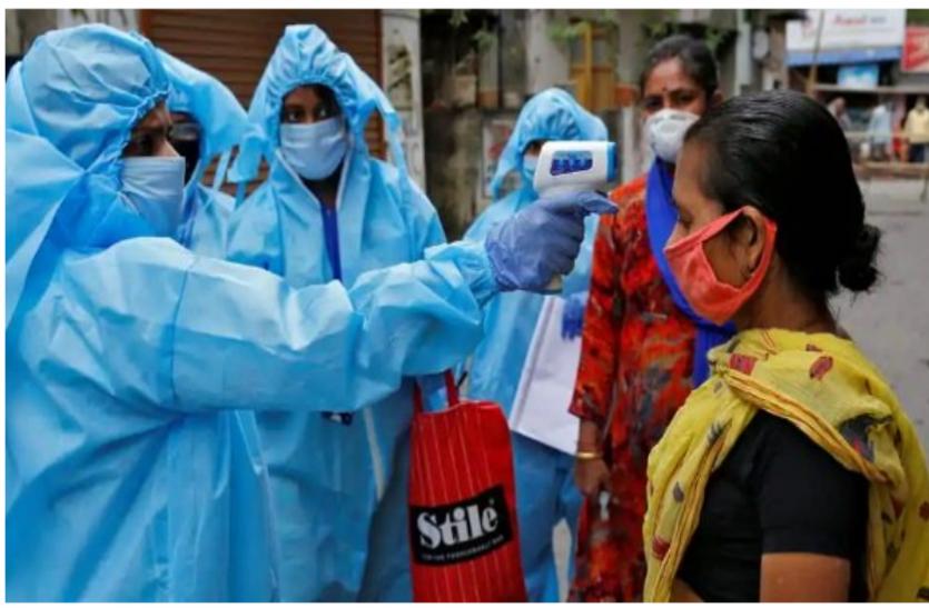 Coronavirus: बेंगलुरु में कोरोना के सबसे अधिक एक्टीव केस दर्ज, मुंबई में घट रहे हैं मामले
