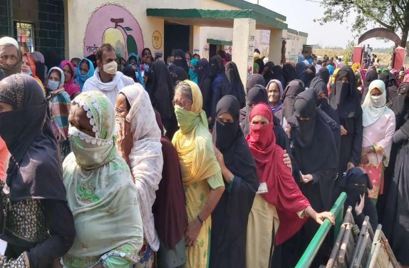 UP Panchayat Chunav : छिटपुट घटनाओं के बीच संपन्न हुआ यूपी पंचायत चुनाव, खूब हुआ मतदान