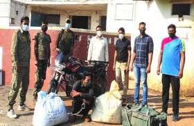 लॉकडाउन में फेरीवाला बनकर 52 किलो गांजा की तस्करी, पुलिस से बचने बाइक में रायपुर से यूपी जा रहा था तस्कर