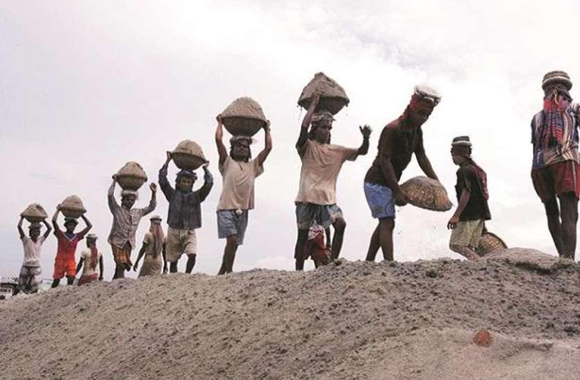 श्रमिक दिवस 2021 : मजदूरों के लिए सरकार चला रही हैं ये योजनाएं