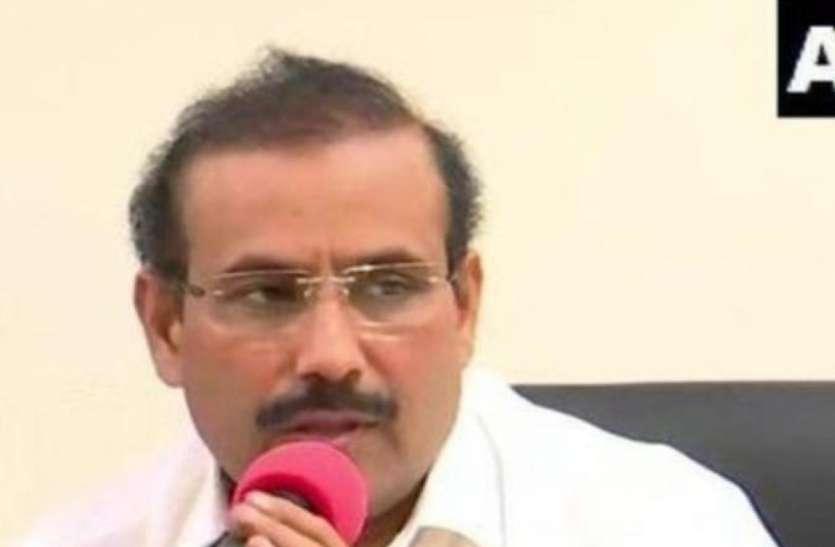 महाराष्ट्र के स्वास्थ्य मंत्री ने जताई चिंता, कहा- केंद्र की ओर से अस्पतालों को कोरोना टीकों के वितरण पर कोई स्पष्ट निर्देश नहीं