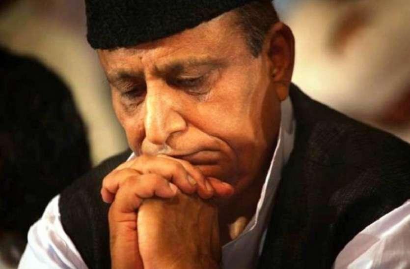 'आजम खान नहीं खा पा रहे खाना, उनके साथ हो रहा बुरा सलूक'