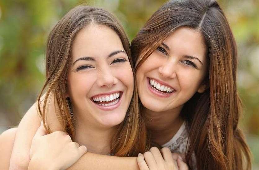 खुलकर हंसेंगे तो जमकर जीएंगे, दूर होंगे तनाव, हार्ट भी रहेगा स्वस्थ
