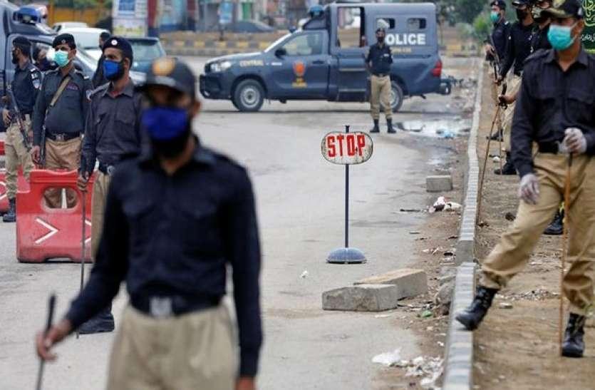 पाकिस्तान के कई इलाकों में पूर्ण लॉकडाउन का ऐलान, अब तक 18 हजार से अधिक की मौत