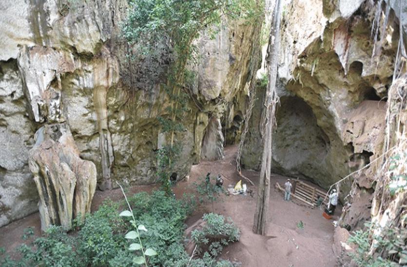 अफ्रीका की गुफा में 78 हजार साल पुरानी कब्र मिली