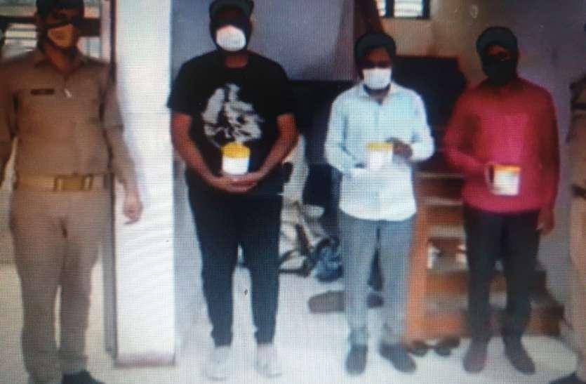 Remdesivir की कालाबाजारी कर रहे मेडिकल रिप्रेजेंटेटिव समेत तीन गिरफ्तार, वसूल रहे थे मोटी रकम