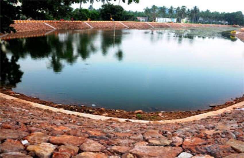 तालाबों को बचाना जरुरी .jpg