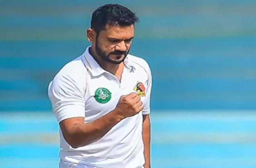 598 विकेट लेने के बाद 36 की उम्र में मिला ताबिश खान को पाकिस्तान के लिए टेस्ट डेब्यू का मौका