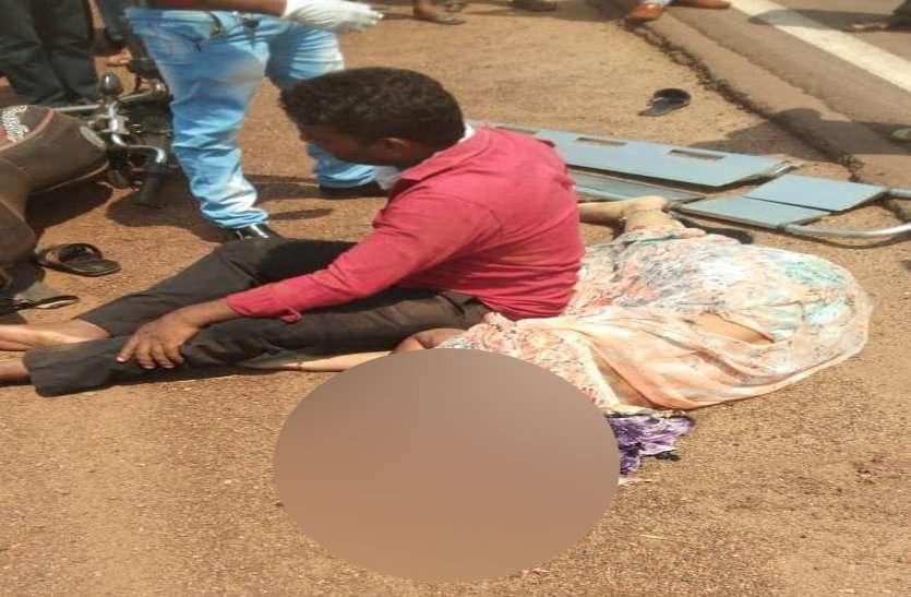 बच्चे को डॉक्टर के पास ले जा रहे बाइक सवार दंपती को ट्रक ने मारी ठोकर, पत्नी और दो माह के मासूम की मौत