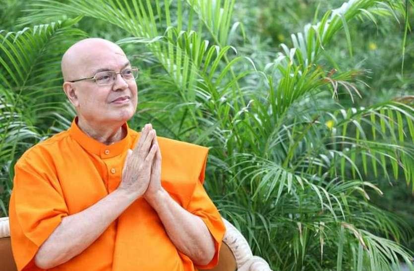 Gujarat: योग गुरु स्वामी अध्यात्मानंद नहीं रहे, कोरोना से हारे जंग