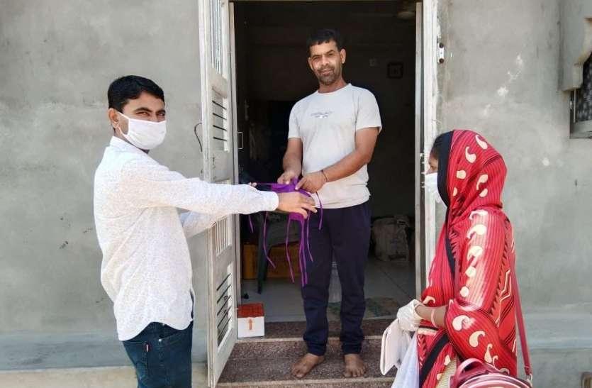 Gujarat: गुजरात में लगाातर पांचवें दिन नए मामले से ज्यादा डिस्चार्ज, राज्य में 11084 नए मरीज, 121 मौतें